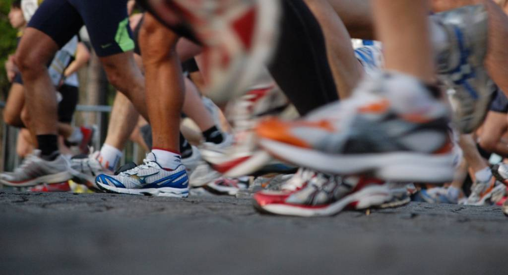 marathon training, starting line marathon, marathon runners shoes, running shoes marathon,