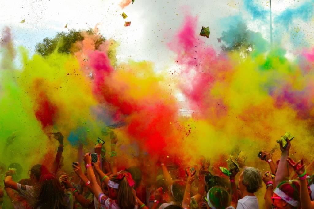 The_Color_Run,_Grand_Prix_Edition_(Melbourne_2014)_(12869282435)