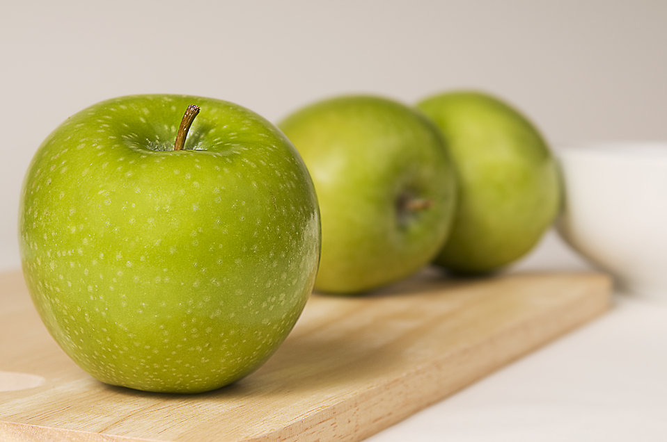 free-green-granny-smith-apples