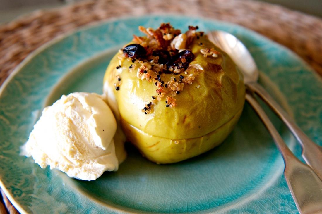 Quinoa-Baked-Apples